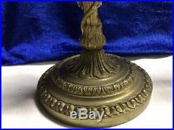 Paire de Bougeoirs style Louis XVI en bronze