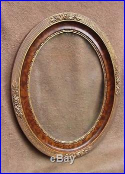 Paire de cadres ovales anciens en bois doré de style Louis XVI 30 x 40 cm