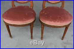 Paire de chaises de style Louis XVI en noyer 1900