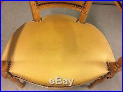 Paire de fauteuils cabriolets hêtre style Louis XVI-Directoire