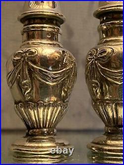 Paire de salières en argent massif de style Louis XVI