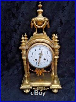 Pendule borne bronze style louis XVI d'époque 19ème