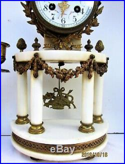 Pendule portique bronze doré & albâtre de style Louis XVI Epoque fin XIXème