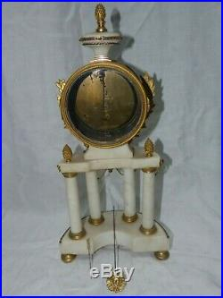 Pendule style LXVI début 19ème mouvement au fil bronze doré et marbre