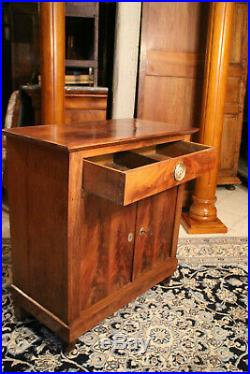 Petit buffet pouvant former console en acajou 19e style Louis 16