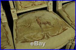 Salon De Style Louis XVI Garni De Tapisseries Aubusson Aux Fables De La Fontaine