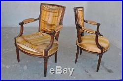 Série de 3 fauteuils d'époque XVIIIème style Louis XVI à restaurer