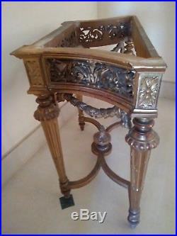 Superbe Console De Forme En Bois De Tilleul Dore Style Louis XVI Dessus Marbre