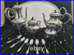 Superbe service à café style LOUIS XVI PUIFORCAT en argent massif