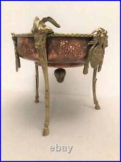 Surtout de table de Style Louis XVI en bronze, cuivre effigie de Louis XVI. 19ème
