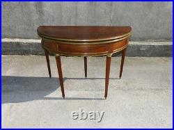 TABLE A JEUX DEMI LUNE EN ACAJOU STYLE LOUIS XVI DU XIX ème SIECLE