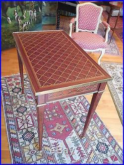 TABLE DE SALON EN MARQUETERIE, STYLE LOUIS XVI, FIN XIXeme