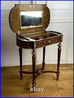 Table A Ouvrage / Coiffeuse En Marqueterie Style Louis XVI Epoque Napoleon III