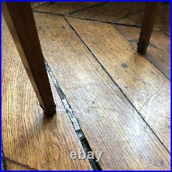 Table De Salon De Style 18 Eme Siecle Etat Correcte