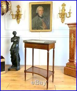 Table / Desserte En Acajou Dessus Marbre De Style Louis XVI Avec Sa Galerie