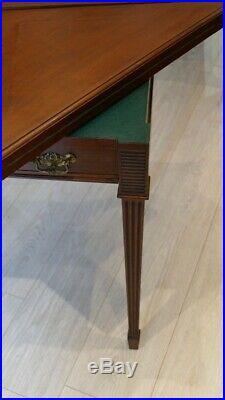 Table à Jeux Mouchoir Style Louis XVI, Acajou, Estampillée Maple &co, Début XX è
