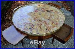 Table bouillotte de style Louis XVI en acajou. XIXème
