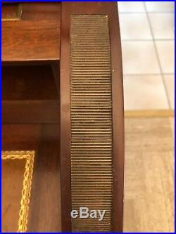 Très Beau Bureau Cylindre En Acajou Dessus Marbre Style Louis XVI